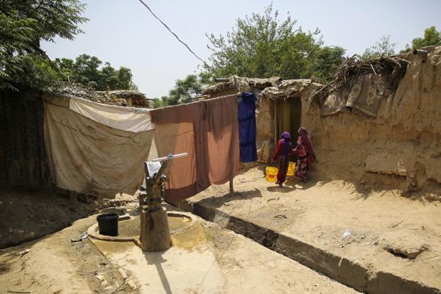 Afghanrefugees-kDID--621x414@LiveMint.jp