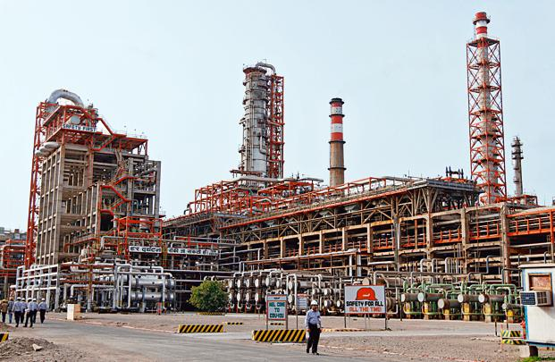 A file photo of Vadinar refinery, operated by Essar Oil Ltd in Gujarat. Photo: Reuters