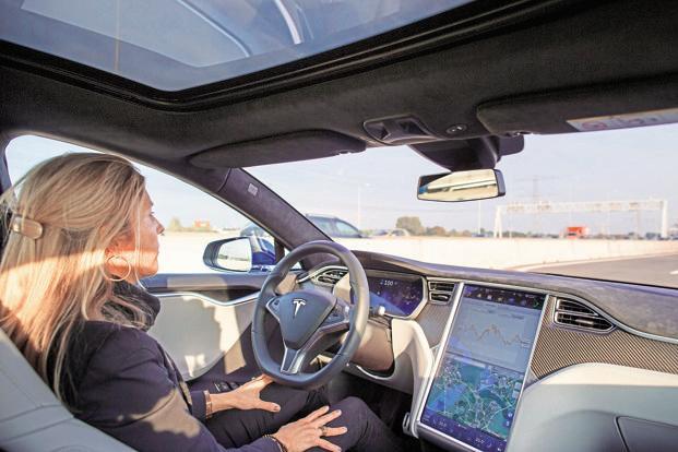 Tesla Motors: Global sales rose in latest quarter