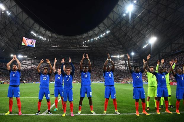 France would rightly go into the final as favourites, not just because they've become more convincing as the tournament has progressed, but also because of the quintessential twelfth man—a large contingent of home fans. Photo: AFP