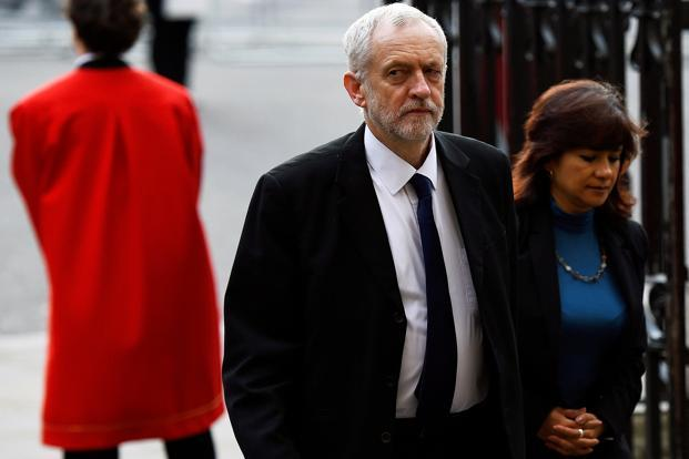 Jeremy Corbyn vows to fight for Labor party leadership
