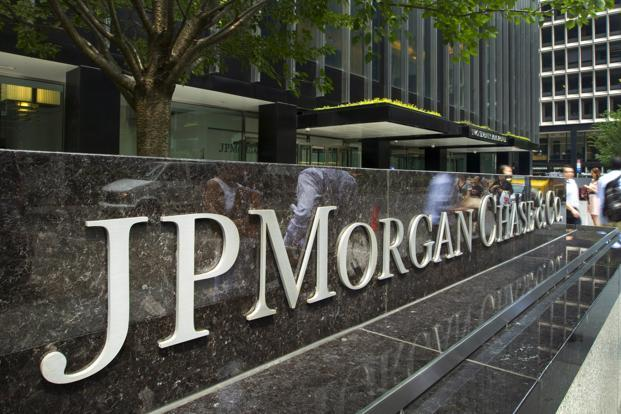 JPMorgan's revenue figure included $3.96 billion from fixed-income trading, a 35% increase, beating the $3.57 billion estimate of analysts. Photo: Bloomberg