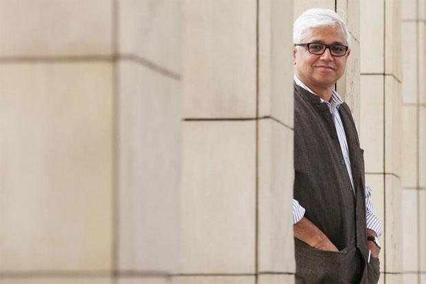 Amitav Ghosh. Photo: Hindustan Times