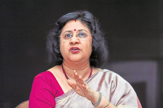 At Rs31.1 lakh, the salary of Arundhati Bhattacharya, chairperson of State Bank of India, India's largest bank, pales in comparison with that of Shikha Sharma of Axis Bank who took home Rs5.5 crore. Photo: Mint