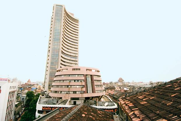 BSE's 30-share Sensex trades at 17.42 times one-year forward earnings. In comparison, the MSCI EM Index trades at 13.49 times one-year forward earnings, according to data from Bloomberg. Photo: HT