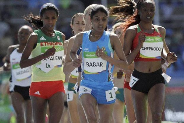 Lalita (c), hailing from Satara district of Maharashtra, qualified for the women's 3,000m steeplechase final after finishing fourth in the qualifying heat 2 with a new national record time of 9 minutes, 19.76 seconds. Photo: AP
