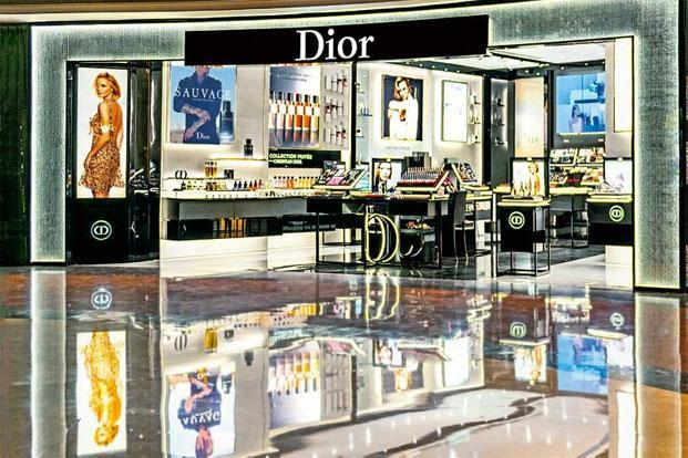 The 90 square metre space brings together Dior's entire range of fragrances, make-up and skincare products under one roof, and provides a private consultation room for clients by the brand's make-up artists and fragrance specialists.