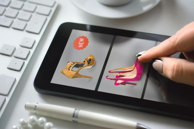 Fashion apps offer style advice and list the latest trends. Photo: iStockphoto