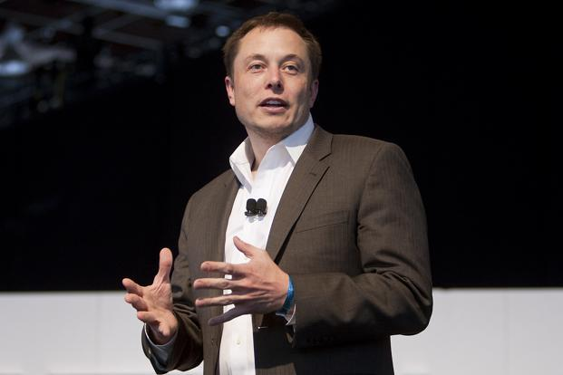 Elon Musk has a long history of throwing his money after his grand visions, like weening the world off fossil fuels and colonizing Mars, sometimes running very low on cash and coming close, by his own admission, to personal bankruptcy. Photo: Bloomberg
