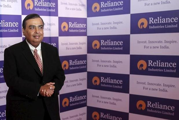 Critics may dismiss Mukesh Ambani's offer of free voice calls as a marketing gimmick, while supporters might see it as a clever move to grab the 100 million customers he has vowed to sign up in record time.  Photo: Reuters