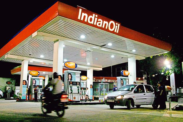 Indian Oil's operating profit increased by one-third, compared with the same period last year to <span class='WebRupee'>Rs.</span>13,683 crore as HPCL's operating profit increased 17% year-on-year to <span class='WebRupee'>Rs.</span>3,627 crore, while BPCL's operating profit increased at a much slower pace of 3% to <span class='WebRupee'>Rs.</span>3,919 crore. Photo: Bloomberg