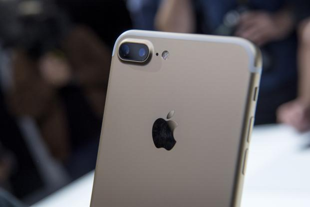 Apple unveiled new iPhone models featuring a water-resistant design, upgraded camera system and faster processor, betting that after six annual iterations it can still make improvements enticing enough to lure buyers to their next upgrade. Photo: Bloomberg