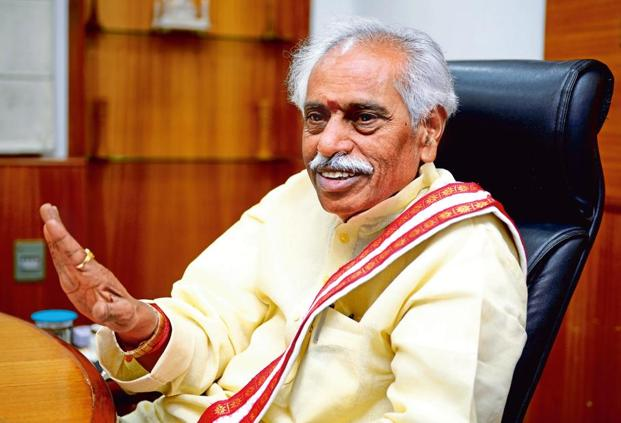 Union labour minister Bandaru Dattatreya says the government is working on extending ESIC benefits to millions of scheme workers. Photo: Priyanka Parashar/Mint