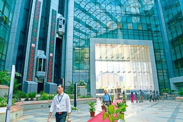 KPMG analysis shows that quarterly net profit was up by Rs2,667 crore for the companies that used IndAS accounting standards to report their June quarter results. Photo: Aniruddha Chowdhury/Mint