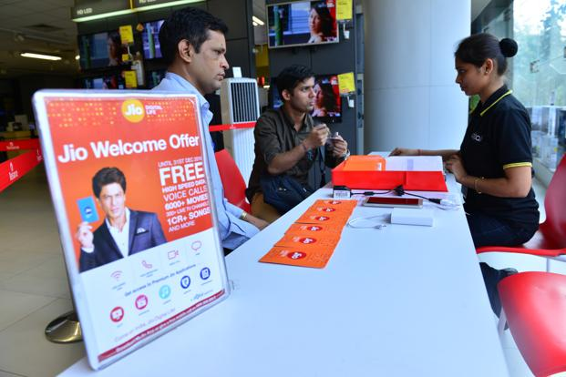 When Reliance Jio announced tariff plans earlier in September, it said its services would be free till the end of the year. Photo: Aniruddha Chowdhury/Mint