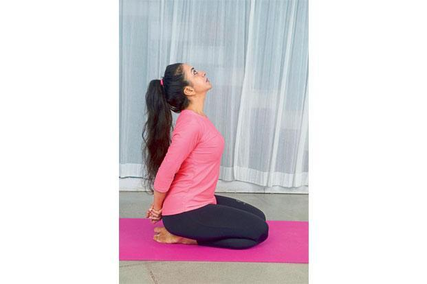 Sasankasana: Sit in vajrasana with hands back, holding the right wrist with the left arm. With inhalation, bend and stretch backwards and with exhalation, bend forward, touching the ground with your forehead. This exercise provides a complete stretch to many parts of the body, including the spine, arms, shoulders and legs. It also opens up the organs that aid in breathing and then fully contracts them.
