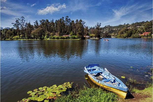 One can go boating at the Kodaikanal lake, or hire a horse or bicycle for a ride around. Photo: iStock