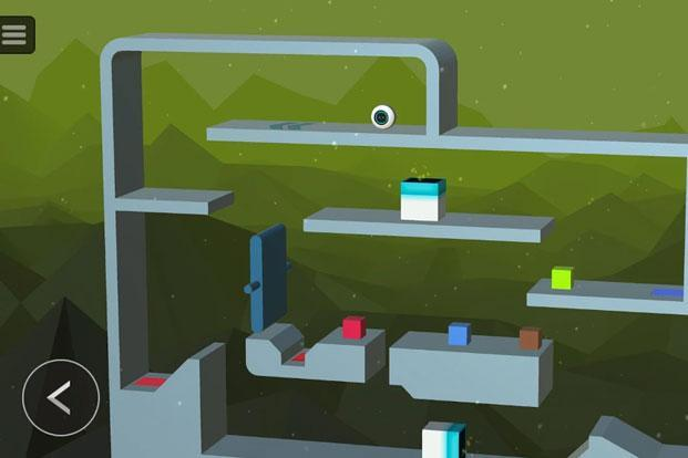 Cell 13 is a puzzle game that looks like the popular game called Bounce