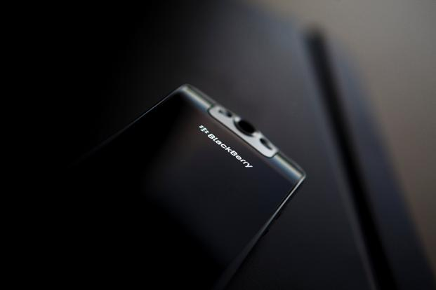 Under the preliminary deal, Blackberry phones will be manufactured at a factory owned by a subsidiary of Tiphone Mobile for domestic sales. Photo: Reuters
