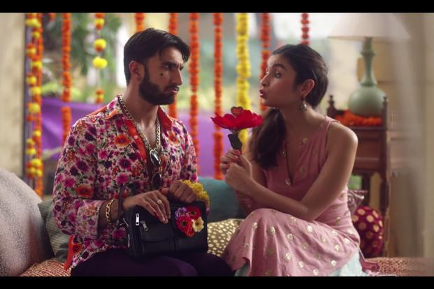 The commercial features actors Alia Bhatt and Ranveer Singh who are seen promoting the new Pay at Checkout feature on hotel bookings.