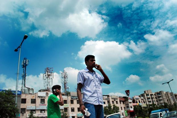 There were no bids for spectrum in the premium 700MHz and 900MHz bands. Photo: Pradeep Gaur/Mint