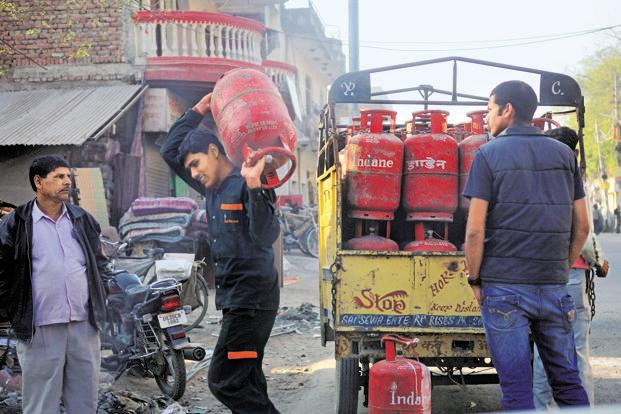 LPG subsidy is issued under the Consolidated Fund of India therefore under section 7 of the Aadhaar Act , the government has the power to require unique identification number for issuing the subsidy, UIDAI chief executive A.B. Pandey said. Photo: Mint