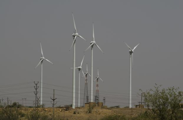 IDFC Alternatives is targeting acquisitions of 250 MW of operating wind, solar and small hydro capacity by end of 2016 and upwards of 600 MW over the next 18 months.