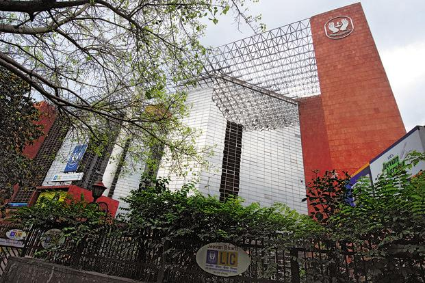 Before the sale, LIC had 1.65 crore shares of Arvind Ltd, constituting 6.409% stake in the textiles maker. Photo: Mint