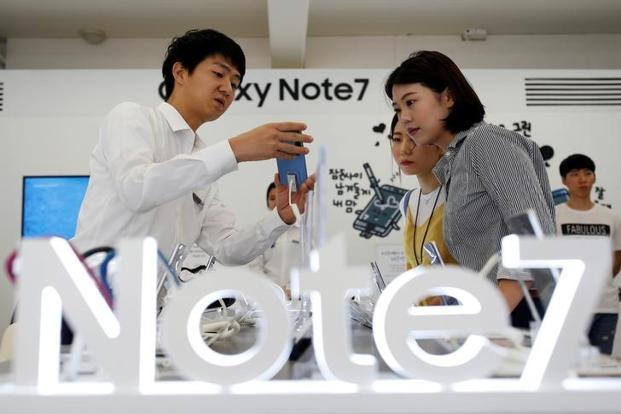 Samsung originally introduced Galaxy Note 7 in August and then recalled the initial shipment of 2.5 mn phones after a spate of battery fires. Photo: Reuters