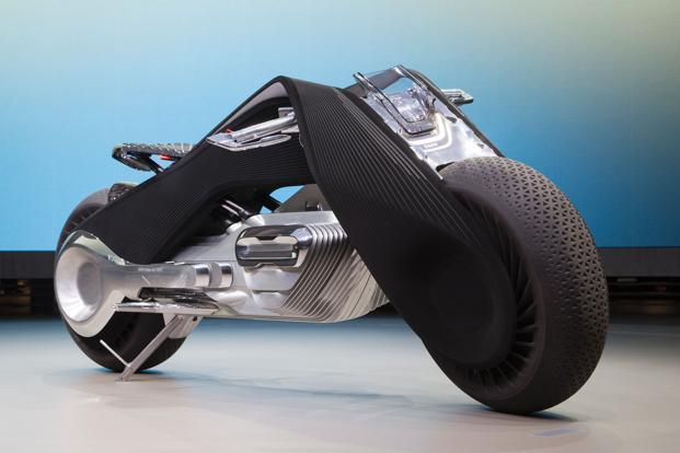 BMW's new motorcycle concept is so smart you won't need a ...