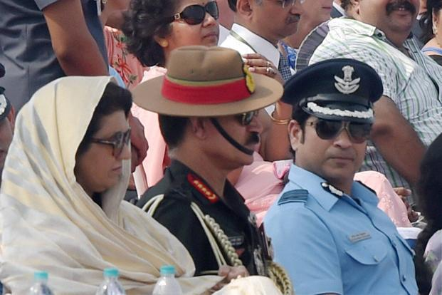 Army chief Dalbir Singh Suhag (centre) with honourary Group Captain of IAF, Sachin Tendulkar, on the occasion of the 84th Air Force Day parade at Hindon Air Force base in Ghaziabad on Saturday. Photo: PTI