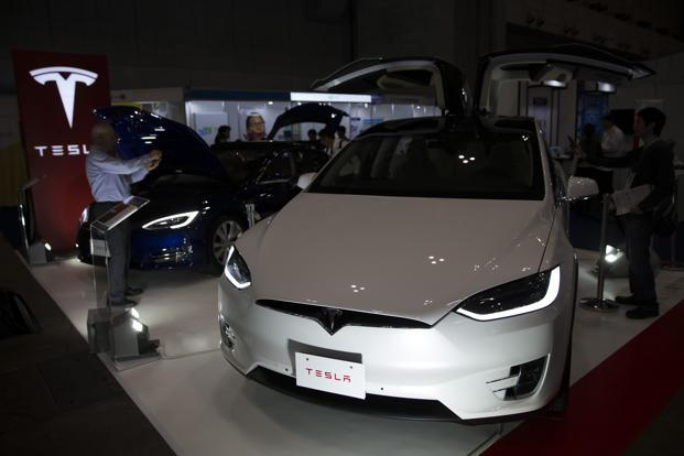 According to Tesla's data, the Model X outsold Porsches and Land Rovers but trailed seven SUV models made by Mercedes, BMW, Cadillac, Volvo, Audi, and Lexus. Photo: Bloomberg