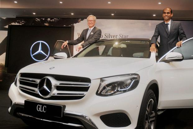 mercedes benz launches 4 wheel drive gla at lakh livemint. Black Bedroom Furniture Sets. Home Design Ideas