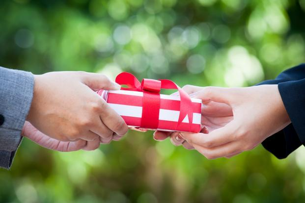 Wedding Gift Tax: No Tax On Cash Received As Gift On Your Wedding; Else