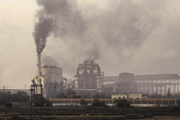 India's carbon dioxide (CO2) emission levels are the third highest in the world, and soon likely to become the highest. Photo: Indranil Bhoumik/Mint