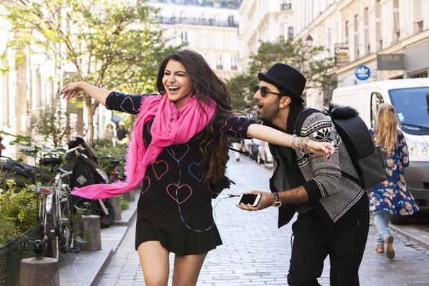 Ranbir Kapoor and Anushka Sharma in a still of 'Ae Dil Hai Mushkil'