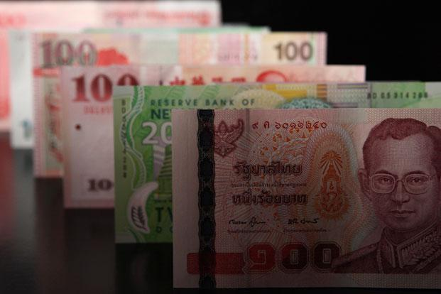 Currencies belonging to high-growth economies such as India, Indonesia and Vietnam have outperformed peers while those like the Chinese yuan, Thai baht, Malaysian ringgit and Korean won have disappointed. Photo: Bloomberg