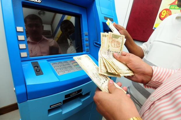 India has over 2.2 lakh ATMs spread across India, about 47% of which are controlled by NCR. Photo: Indranil Bhoumik/Mint