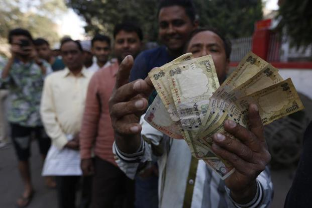 Nearly 86% of currency in circulation has been rendered worthless by the ban on Rs500, Rs1000 notes . Photo: AP