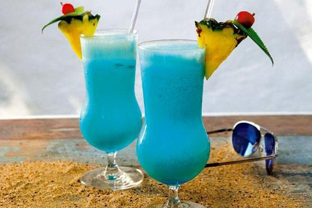 The Mykonos Blue cocktail.