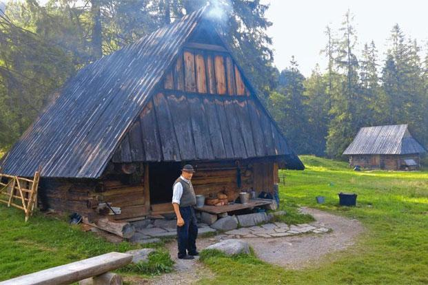 Andrzej Staszel-Furtek outside his hut, where the 'oscypek' is smoked. Photo: Prachi Joshi