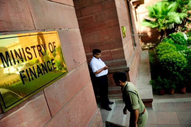 Finance ministry asks RBI to set up special cell to monitor fake currency notes