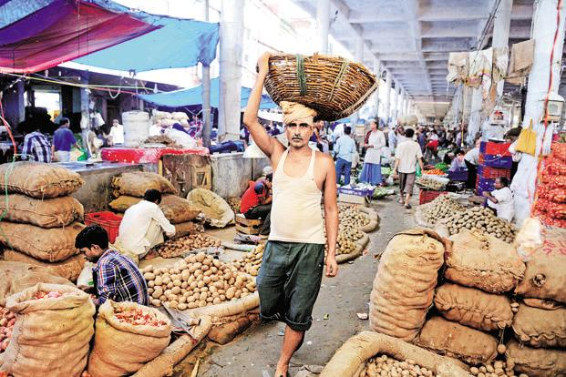 Sales are down by as much as 50% at Azadpur Mandi, traders said, while the price of some fruit had fallen by as much as 25%. File photo: Pradeep Gaur/Mint