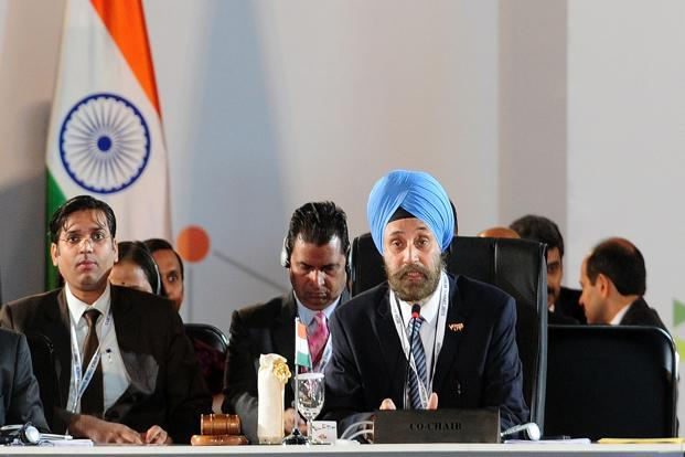 A 1980 batch foreign service official, Navtej Sarna (centre) is expected to present his formal diplomatic credentials to outgoing US president Barack Obama. Photo: AFP