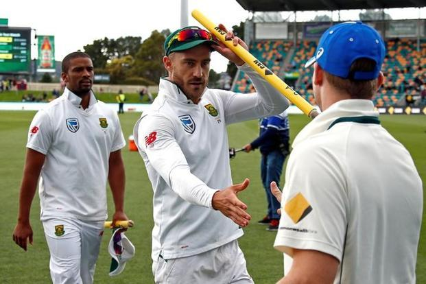 South Africa captain Faf du Plessis has pleaded not guilty to the ball tampering charge. Photo: Reuters