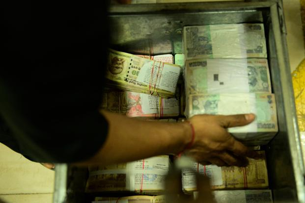 Banks, meanwhile, will be deploying their deposit bounty in the bond market to try to boost profitability in a slowing economy. Photo: Pradeep Gaur/Mint