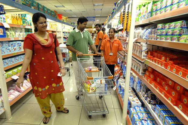 The government's move also led to a change in consumer behaviour, with people spending only on essentials and small packs and holding on to their small change. Photo: Abhijit Bhatlekar/Mint