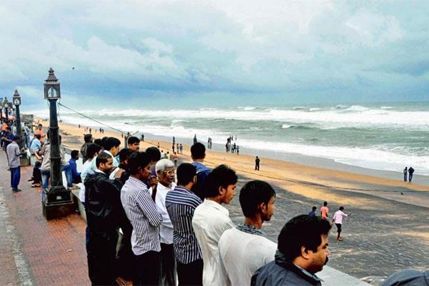 Onlookers at the beach as cyclone Hudhud was expected to hit the coast last year. Photo: Hindustan Times