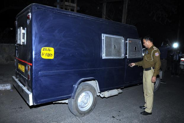 A file photo. On 24 November, a day after the heist, the van was found abandoned at Vasant Nagar and police recovered Rs45 lakh of the Rs1.37 crore. Photo: HT