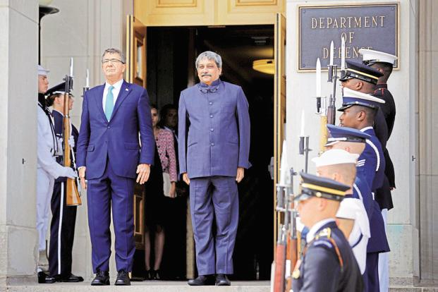 US defence secretary Ashton Carter, left, would meet with his Indian counterpart Manohar Parikkar during the next week's visit. Photo: AFP